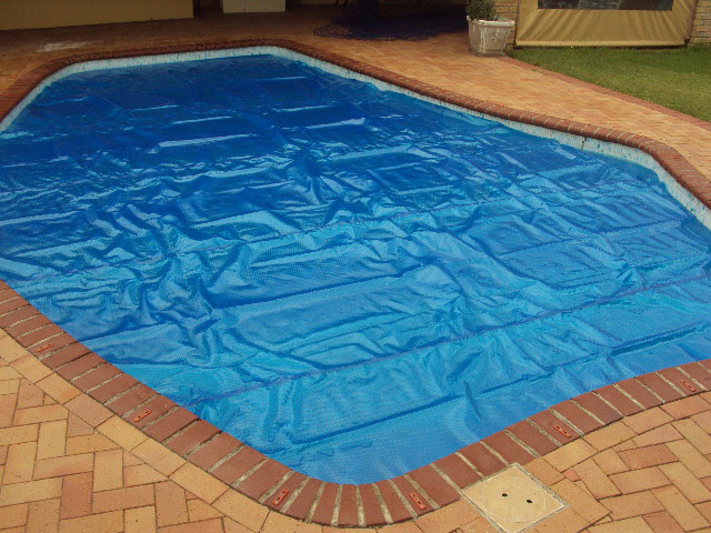 solar-pool-covers